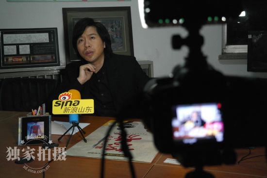 谈到电影制作的幕后故事,卢庚戌给自己的首部电影打80分。