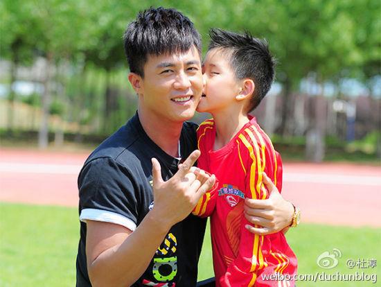 杜淳很受孩子们喜欢