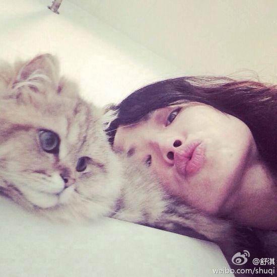 舒淇和自己的爱猫
