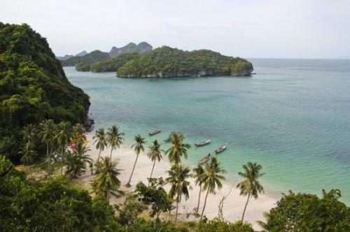全球十大最美海岛 让人神往的度假胜地