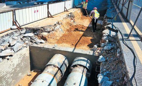 """济南热力公司正在进行""""汽改水""""工程,将余出部分热源尽量满足更多小区的需求。齐鲁晚报记者蒋龙龙摄"""