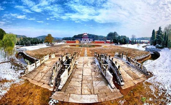 国家历史文化名城、中国优秀旅游城市、中国长寿之乡钟祥