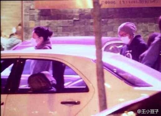 王菲谢霆锋自曝光复合后首度同行被拍