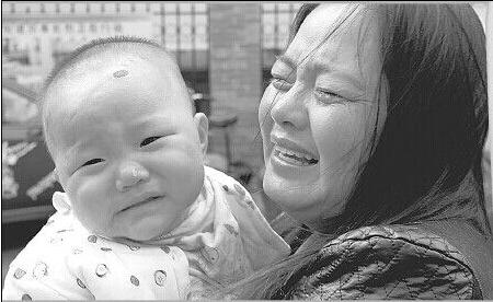 聊城女婴体内被插钢针 奶奶回应怀疑:俺真是亏死了