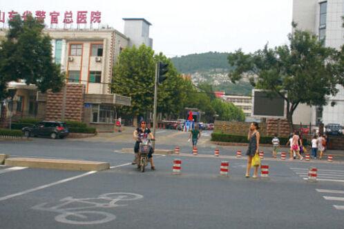 胡建学被收监后,在山东省警官总医院住院