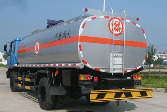 #春节168小时#:春节期间省内高速禁行危化车