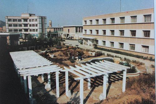 南郊水厂厂区一角(照片由济南水务集团提供)