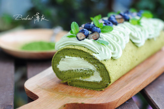 抹茶奶油蛋糕卷 带有春天气息的清新甜点
