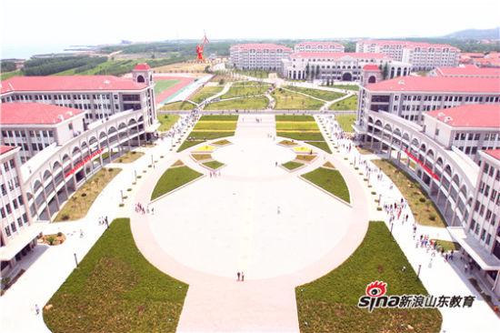 青岛港湾职业技术学院:立足港航