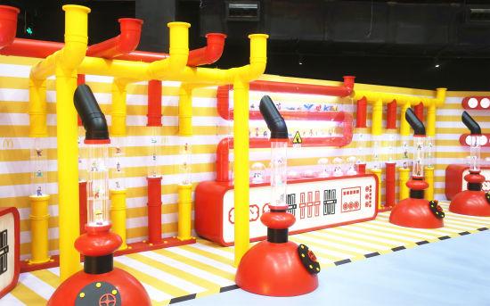 """""""奇趣玩具厂""""展区一:动画全明星区"""