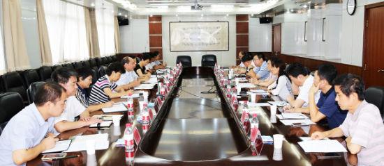 山东青年政治学院副院长王林山一行来济南大学调研
