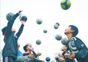 """英科环保""""起源地杯""""国际青少年足球锦标赛淄博开赛"""
