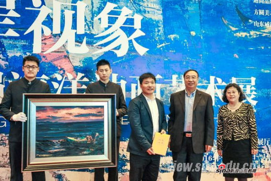 山东大学建校115周年:海岸视象——汪明强海洋油画艺术展开幕