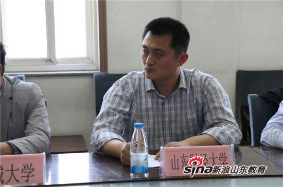 """2017年度新浪山东""""名校进名校""""活动正式举行"""