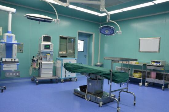 鲁心医院脑血管病中心人员主要来自神经内外科,并获得了北京天坛医院、北京宣武医院及其他相关学科的大力协助,包括急诊科、影像科、超声科、检验科、心血管内科、心血管外科、内分泌科等,形成了以神经内外科为主体,多学科协作发展的组织构架。   脑血管病中心的成立得到了医院领导的高度重视和大力支持,近年来,脑血管病中心对脑卒中临床诊疗技术进行积极探索,取得初步成效,成为鲁西南地区脑卒中筛查与防治基地,同时也是脑卒中筛查与防治研究和示范基地、脑血管介入和手术治疗培训基地、菏泽脑卒中临床救治中心,具备了最先进的脑卒