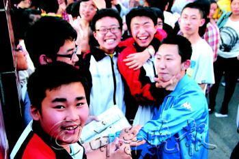 山东50945名资讯中考参加_烟台微v资讯初中_小语文考生故事图片