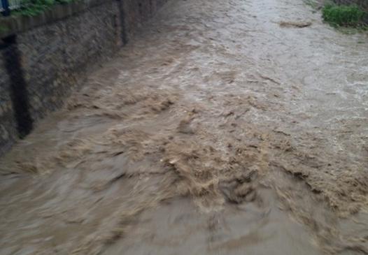 山东遭遇强降雨